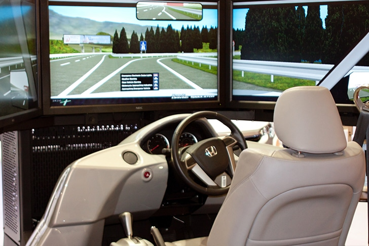 Simulador de direção na autoescola
