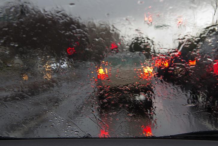 Poluição somada à chuva