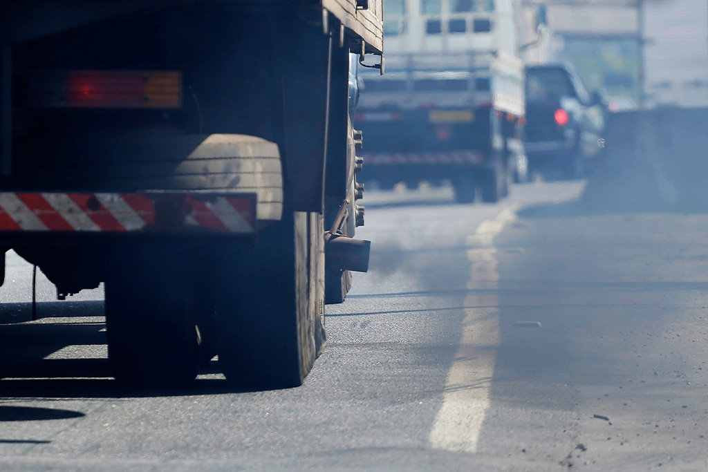 O filtro de cabine retém resíduos poluentes